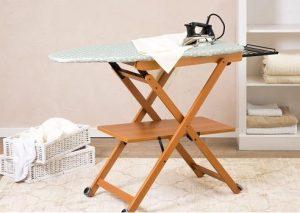Arredamenti: tabla de madera para planchar