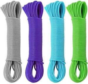 Cuerdas de colores para tender ropa